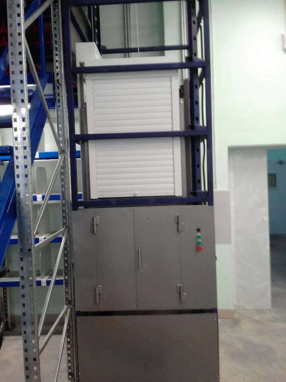 Малогрузовой лифт, малогрузовой подъемник в металлокаркасной шахте, сервисный подъемник, кухонный подъемник, подъемник для ресторана, лифт для ресторана